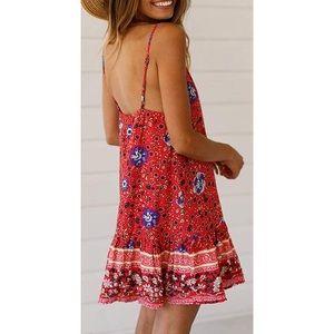 ✨ NWT Women's Red Floral Boho Summer Swing Dress